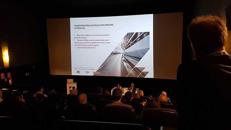 Teatro Goya Espacio para eventos madrid FORO V.O. Y POSVENTA DE INTERNETING MCO-11