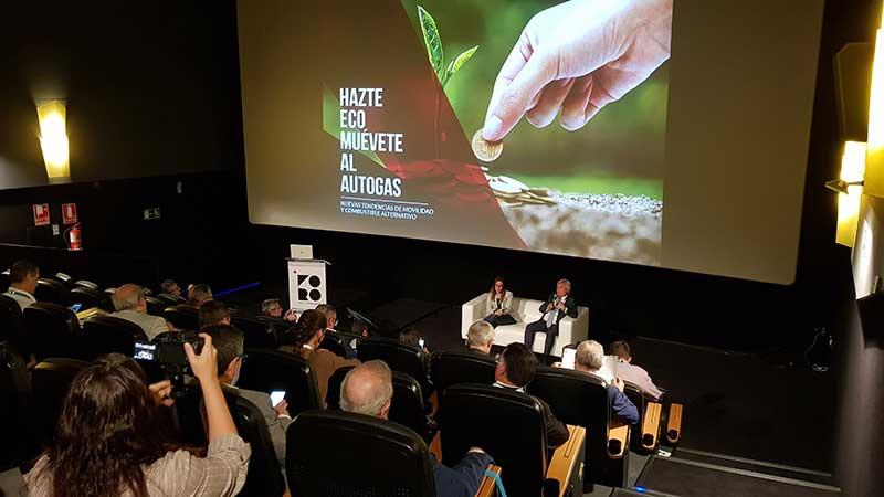 Teatro Goya Espacio para eventos madrid FORO V.O. Y POSVENTA DE INTERNETING MCO-14